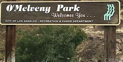 Photo of 13036 Meadowlark Avenue, Granada Hills, CA 91344 (MLS # SR20134188)