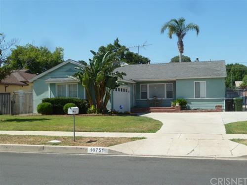 Photo of 16751 Labrador Street, Northridge, CA 91343 (MLS # SR20192188)