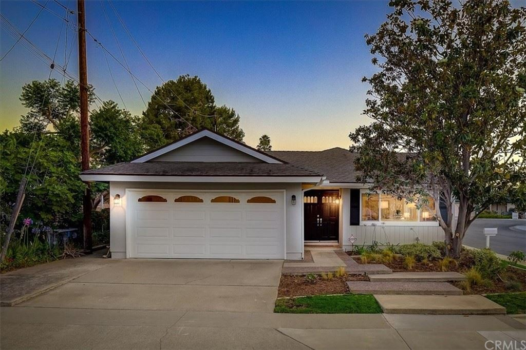 2298 Waterman Way, Costa Mesa, CA 92627 - MLS#: OC21127188