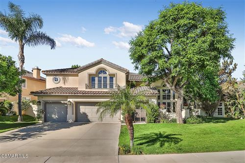 Photo of 244 High Meadow Street, Simi Valley, CA 93065 (MLS # 221003189)