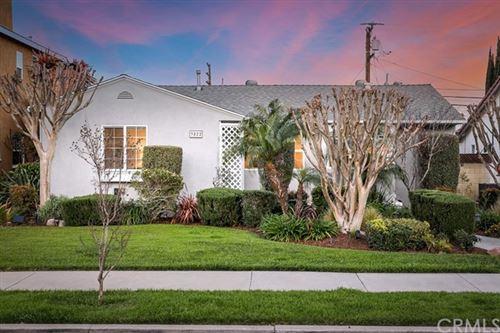 Photo of 3822 Gardenia Avenue, Long Beach, CA 90807 (MLS # OC21064189)