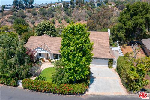 Photo of 1111 Villa View Drive, Pacific Palisades, CA 90272 (MLS # 21736190)