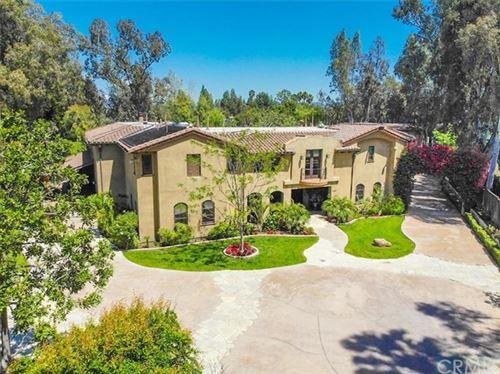 Photo of 560 S Peralta Hills Drive, Anaheim Hills, CA 92807 (MLS # IG20074190)