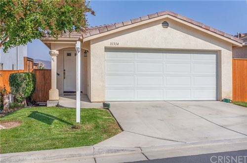 Photo of 31314 Castaic Oaks Lane, Castaic, CA 91384 (MLS # SR20198190)