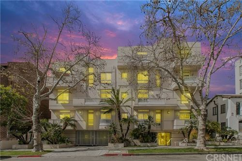 Photo of 125 S Rexford Drive #203, Beverly Hills, CA 90212 (MLS # SR21069190)