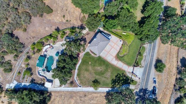 Photo of 576 E Carlisle Road, Thousand Oaks, CA 91361 (MLS # 221003190)