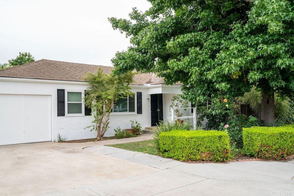 Photo of 291 Monte Vista Avenue, Costa Mesa, CA 92627 (MLS # NP21162190)