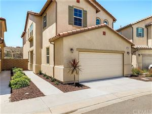 Photo of 26339 Piazza Di Sarro, Newhall, CA 91321 (MLS # BB19169191)