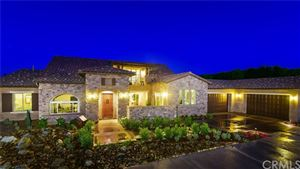Photo of 41792 Knoll Vista Lane, Temecula, CA 92592 (MLS # SW18028191)
