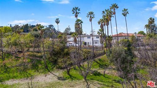 Photo of 18171 Rosita Street, Tarzana, CA 91356 (MLS # 21705192)