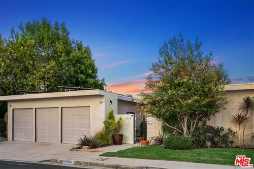 Photo of 3624 Westfall Drive, Encino, CA 91436 (MLS # 21778192)