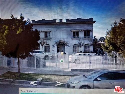Photo of 1233 S Norton Avenue, Los Angeles, CA 90019 (MLS # 21780192)