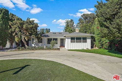 Tiny photo for 15247 Sutton Street, Sherman Oaks, CA 91403 (MLS # 21785192)