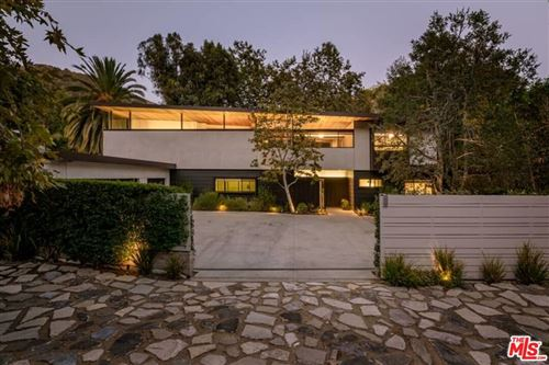 Photo of 2496 Mandeville Canyon Road, Los Angeles, CA 90049 (MLS # 21787192)