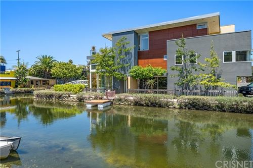 Photo of 2420 Grand Canal, Venice, CA 90291 (MLS # SR20239192)
