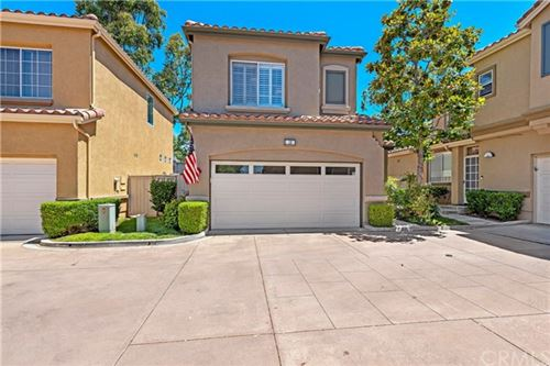 Photo of 10 CALLE DE VIDA, Rancho Santa Margarita, CA 92688 (MLS # OC20134193)
