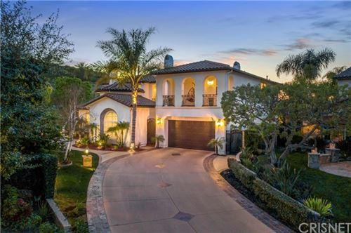 Photo of 26653 Oak Terrace Place, Valencia, CA 91381 (MLS # SR21044193)