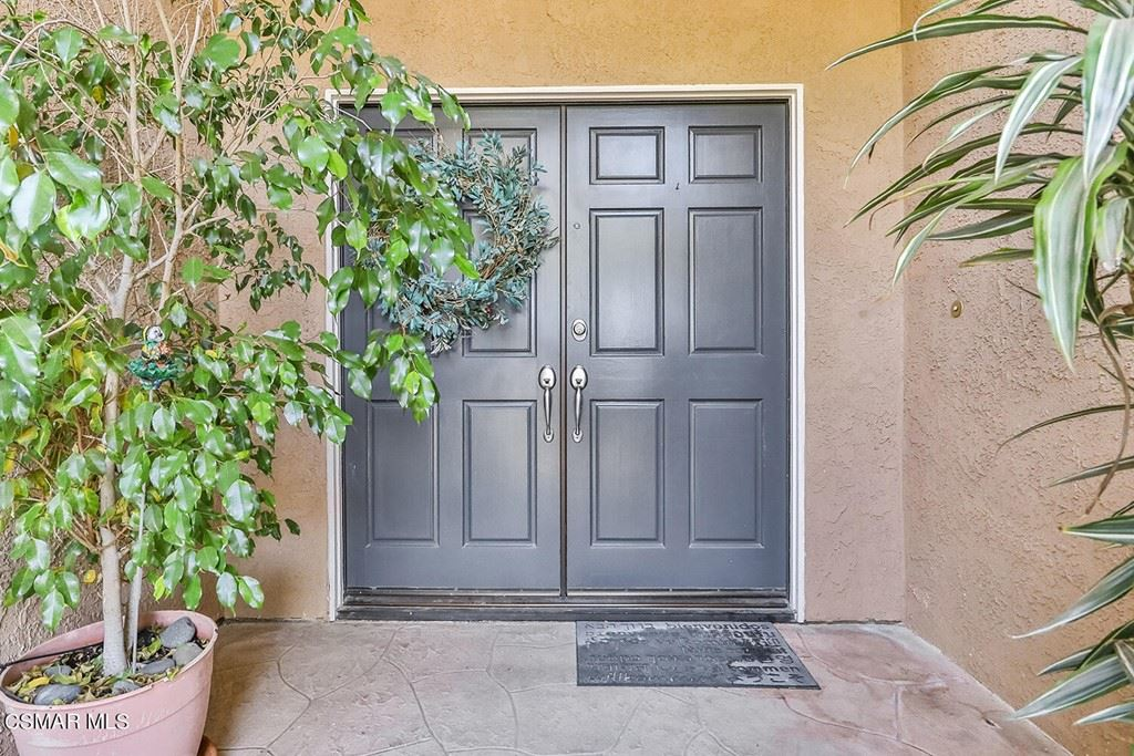 Photo of 4072 Pine Hollow Place, Moorpark, CA 93021 (MLS # 221005193)