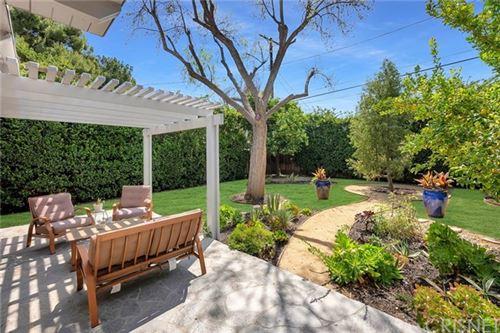 Tiny photo for 22552 Berdon Street, Woodland Hills, CA 91367 (MLS # SR21070194)