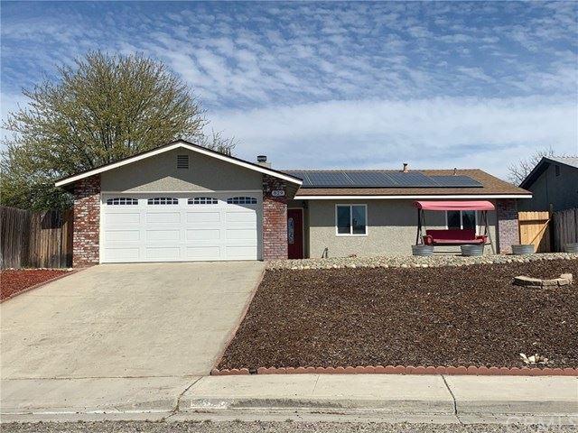 Photo of 829 Hogan Place, Paso Robles, CA 93446 (MLS # PI21073194)