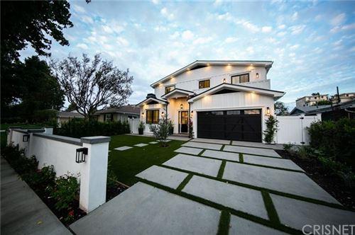 Photo of 4822 Longridge Avenue, Sherman Oaks, CA 91423 (MLS # SR20221195)