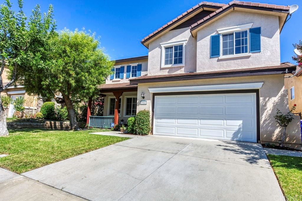 Photo for 29087 Madrid Place, Castaic, CA 91384 (MLS # SR21172195)
