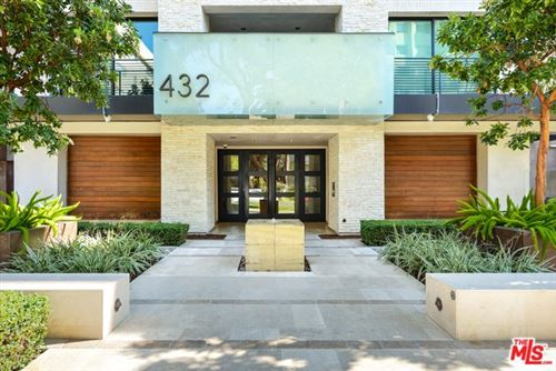 Photo of 432 N OAKHURST Drive #507, Beverly Hills, CA 90210 (MLS # 20558196)
