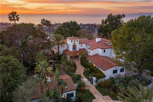 Photo of 909 Via Coronel, Palos Verdes Estates, CA 90274 (MLS # PV21000196)