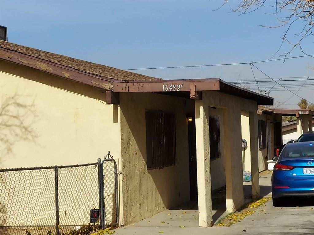 Photo of 16482 Smoke Tree Street, Hesperia, CA 92345 (MLS # 540196)