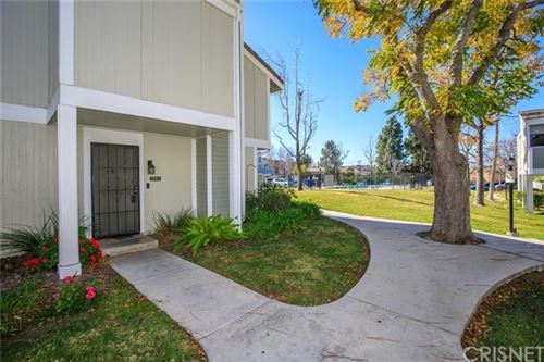 Photo of 27116 Hidaway Avenue #1, Canyon Country, CA 91351 (MLS # SR20000197)