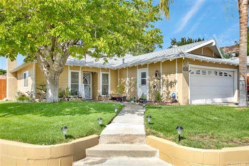Photo of 28103 Tenda Drive, Canyon Country, CA 91351 (MLS # SR21223197)