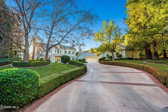 Photo of 517 Lakeview Canyon Road, Westlake Village, CA 91362 (MLS # 221000197)