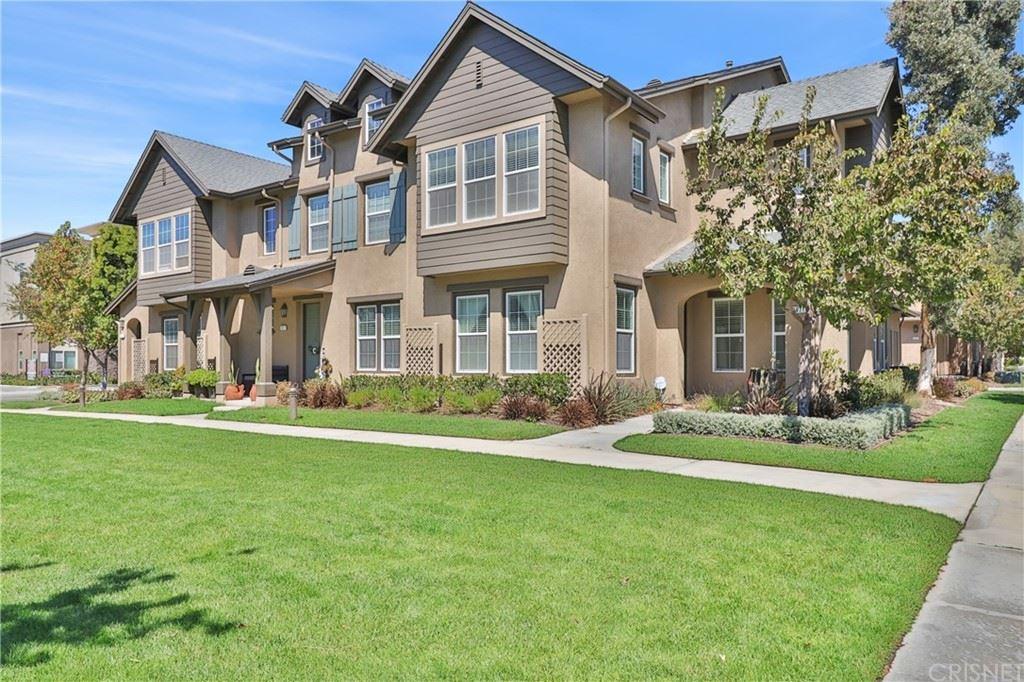 Photo of 2921 Rocky Mountain Drive, Oxnard, CA 93036 (MLS # SR21209197)