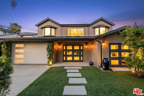 Photo of 4064 Wilkinson Avenue, Studio City, CA 91604 (MLS # 21726198)