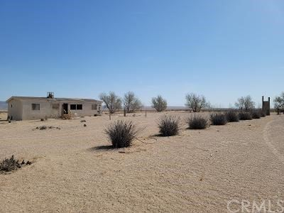 Photo of 46254 Camelot Street, Newberry Springs, CA 92365 (MLS # 535198)