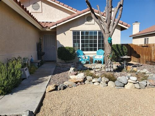 Photo of 13476 Jubilee Place, Victorville, CA 92395 (MLS # 522199)