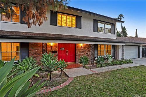 Photo of 8031 Jason Avenue, West Hills, CA 91304 (MLS # SR21148199)