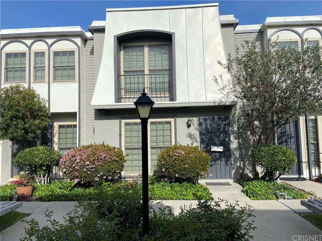 22037 Oxnard Street, Woodland Hills, CA 91367 - MLS#: SR21072199
