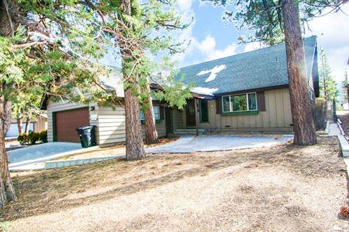 Photo of 1242 Alta Vista Avenue, Big Bear, CA 92315 (MLS # 219034851PS)