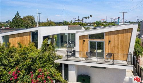 Photo of 760 SUNSET Avenue, Venice, CA 90291 (MLS # 19518200)
