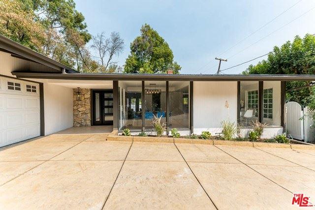 Photo for 4814 Llano Drive, Woodland Hills, CA 91364 (MLS # 20630200)