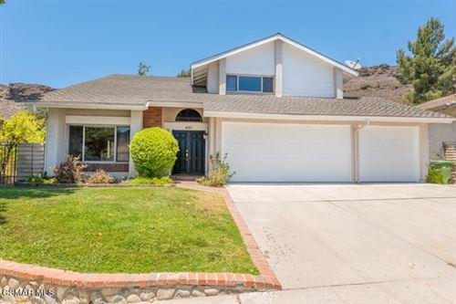 Photo of 493 Raindance Street, Thousand Oaks, CA 91360 (MLS # 221003201)