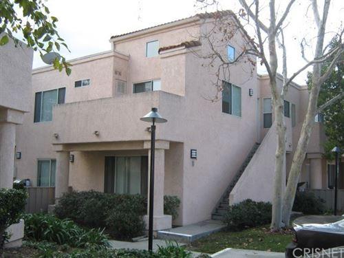 Photo of 21305 Nandina Lane #202, Newhall, CA 91321 (MLS # SR21001201)