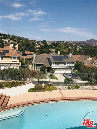 Photo of 3170 Provence Place, Thousand Oaks, CA 91362 (MLS # 21761202)