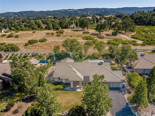 Photo of 1755 Ironwood Place, Templeton, CA 93465 (MLS # NS20136202)