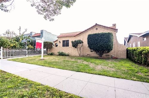 Photo of 310 E Hullett Street, Long Beach, CA 90805 (MLS # RS21030202)