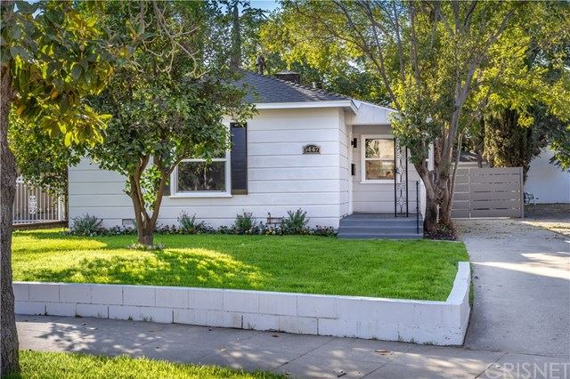 Photo for 5447 Troost Avenue, Valley Village, CA 91601 (MLS # SR19241203)