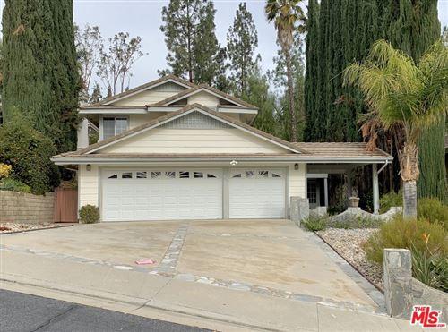 Photo of 23221 W Vail Drive, West Hills, CA 91307 (MLS # 21762204)
