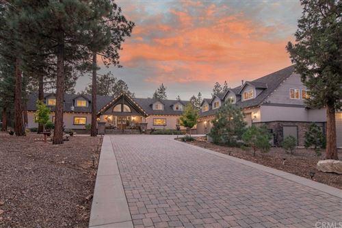 Photo of 1027 Heritage, Big Bear, CA 92314 (MLS # EV21202204)