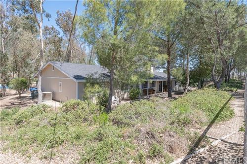 Photo of 6970 Cabernet Road, Paso Robles, CA 93446 (MLS # NS21081204)